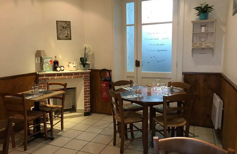 2019-la-petite-auberge-salle-rez-de-chaussee-vallet-44-RES-levignobledenantes (1)
