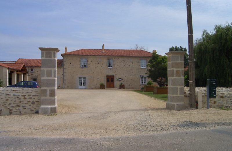 chambre-hotes-logis-chateau-vieillevigne-44-HLO–1-
