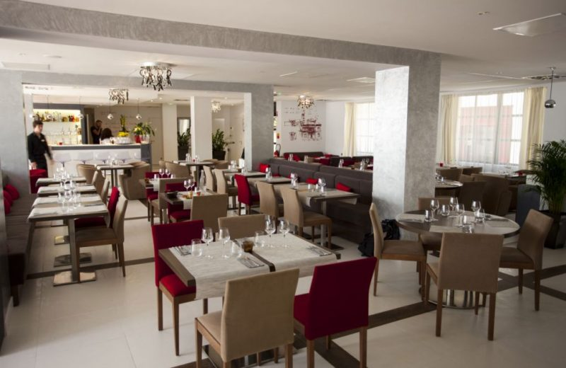 hotel-restaurant-best-western-clisson-44-restaurant-VillaStAntoine_vjoncheray-RES-3